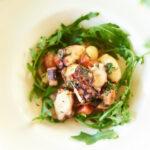 Теплый салат с мини-осьминогами 220г